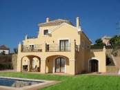 Villa Andaluz - Facing the Med, private gardens, terraces & heated pool